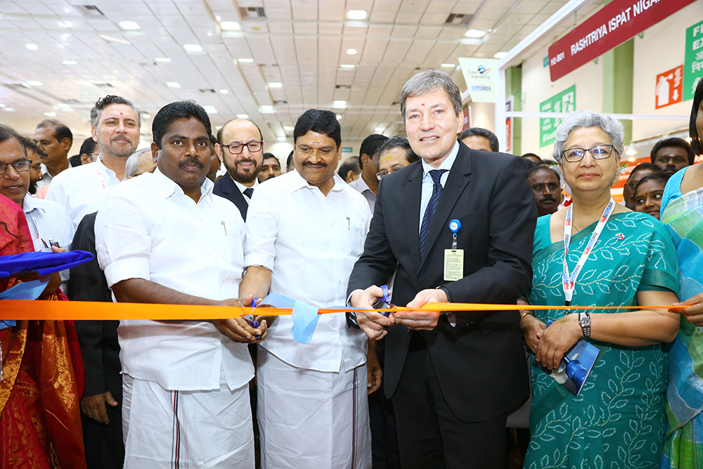 Tamil Nadu Pavilion inaugurated by Mr. Tomas Huner, Minister for Industry & Trade, The Czech Republic along withMr. P. Benjamin, Minister for Rural Industries and MSME,  Govt. of Tamil Nadu; Mr. M.C. Sampath, Minister for Industries,Govt. of Tamil Nadu; Ms Rita Teaotia, Commerce Secretary, Union Ministry of Commerce and Industry, Govt. of India andMr Ravi Sehgal, Chairman, EEPC India inaugurating the Pavilion